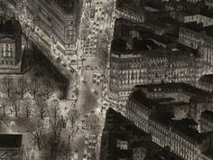 This amazing artist draws famous cities using only his memory