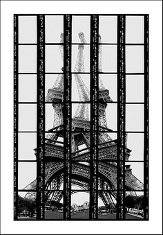 Thomas Kellner - Photography in Art: Paris, Tour Eiffel Tour Eiffel, Torre Eiffel Paris, Photomontage, Monuments, Glitch Art, Monochrom, Deconstruction, Belle Photo, Black And White Photography