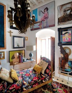 A very bold bohemian house in Spain