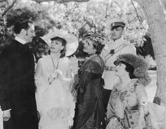 "Basil Rathbone, Greta Garbo, Ethel Griffies, Fredric March, and Constance Collier in ""Anna Karenina"" Hollywood Cinema, Hollywood Actor, Vintage Hollywood, Classic Hollywood, Fredric March, Night Shadow, Pictures Of Anna, Film Institute, Female Stars"