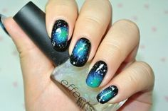 Earth looked from space #nailart 네일아트 No.283 우주 속 지구 네일아트 : 네이버 블로그 http://m.blog.naver.com/luuthienluv/140209919551