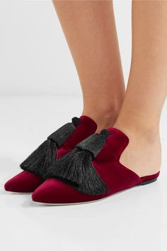 Slight heel Claret velvet Slip on Made in ItalySmall to size. See Size & Fit notes. Pretty Shoes, Beautiful Shoes, L Office, Business Fashion, Business Style, Velvet Slippers, Louis Vuitton Shoes, Walk This Way, Timeless Fashion