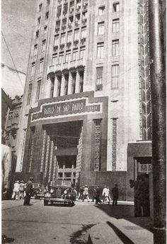 Rua João Brícola e Praça Antonio Prado SP Ano: década de 1940 Autor: desconhecido
