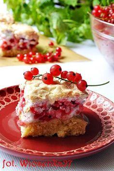 Zdjęcie: Ciasto z bezą i czerwoną porzeczką