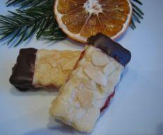 Mandelstangen ca. 60 Plätzchen von ullim auf www. Biscuit Cookies, Cake Cookies, German Baking, Christmas Sweets, Eat Dessert First, Sweet Cakes, Winter Food, No Bake Cake, Baking Recipes