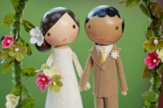 I want to find some really great cake toppers.