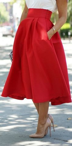 Street style | High waist tea length red skirt, black & white clutch, nude pumps.
