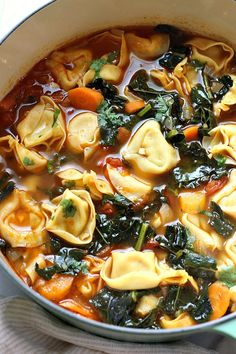 Best Veggie Tortellini Soup This Veggie Tortellini Soup is a warming and comforting dish, perfect for those cool fall or cold winter nights. Tortellini Recipes, Soup Recipes, Vegetarian Recipes, Dinner Recipes, Cooking Recipes, Healthy Recipes, Sausage Tortellini Soup, Recipies, Vegetarian Protein