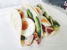 Recept: Mini tortilla met avocado & kip – HealthyFoodByLau