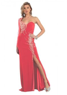 The Long Prom Dresses are exclusively designed for young ladies going for prom.