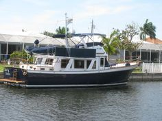 144 Best Trawlers/Motoryachts images in 2012 | Boats for