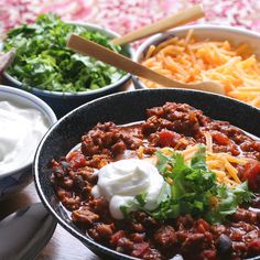 Winning chili recipe for those with adventurous taste buds. Check out the best crockpot chili recipe dating back to the Best Chili Recipe, Chili Recipes, Turkey Recipes, Fall Recipes, Korma, Biryani, Vegetarian Chilli Con Carne, Chile Picante, Super Bowl Menu