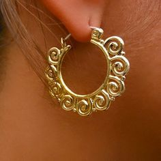 Beautiful And Unique Brass Earrings - Tribal Jewelry - Wings Jewelry - Brass Jewelry - Shape Earrings - Native Jewery - Ethnic Jewelry  Supper delicate and stylish brass wing hook.  Design to fit in a normal ear lobe.  Silver 925 closing bar. Diameter: 30mm  Sold as pair only!  $28.5