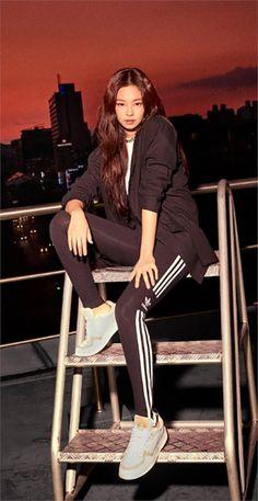 Jennie for adidas Blackpink Fashion, Korean Fashion, Fashion Outfits, Blackpink Jennie, South Korean Girls, Korean Girl Groups, Adidas Originals, Rapper, Blackpink Photos