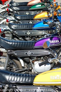 Cars Discover Yamaha DT collection - I grew up with these bikes! Enduro Vintage, Vintage Bikes, Vintage Motorcycles, Yamaha Rxz, Yamaha Motorcycles, Rx 100 Yamaha, Enduro Motorcycle, Motorcycle Style, Honda Dirt Bike