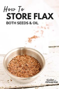 How To Use And Store Flax Seeds And Flax Oil - Cooking & Kitchen Tips - Flax has a lot of health benefits. Here are some tips on proper use and storage. Flaxseed Oil Benefits, Flaxseed Gel, Ground Flax Seed Benefits, Tumeric Benefits, Flex Seed, Flax Seed Recipes, Nutrition, Food Hacks, Food Tips