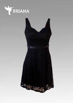 un #casual y #elegante #vestido #negro de #encaje