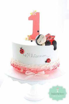 By Bake-a-boo Cakes - Ladybird cake Deco Cupcake, Cupcake Cakes, Owl Cupcakes, Fruit Cakes, Ladybird Cake, Ladybug 1st Birthdays, Ladybug Cakes, Ladybug Party, Baby Girl Cakes