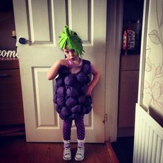 Little blackberry suit made from a purple flat sheet. I cut out side plate size circles and sewed around the edges then stuffed with wadding stitched closed and attached to a tabard style tunic. I also rolled a bit of cardboard up for the stalk and wrapped the felt around it glueing whilst I rolled then cut the ends to make the effect real and placed a separate leaf on after it had dried. Grapes Costume, Purple Flats, Plus Size Costume, Crafty Kids, Diy Costumes, Blackberry, Circles, Separate, Halloween Decorations