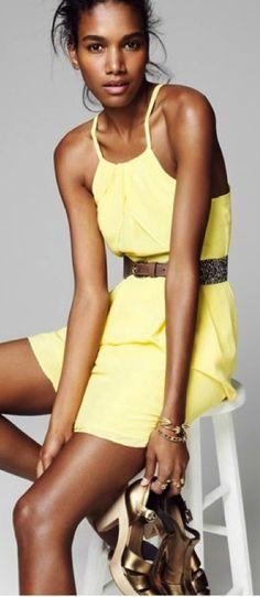 Short Yellow Dress @Whitney Clark Villeneuve  @Anna Totten Norrell .... I couldnt find kendra :(