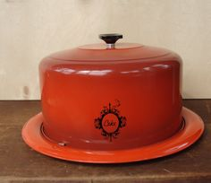Your place to buy and sell all things handmade Cake Tins, Cake Plates, Cake Carrier, Cake And Cupcake Stand, West Bend, Canister Sets, Christmas Presents, Burnt Orange, Vintage Kitchen