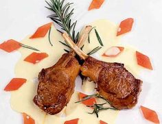 Rezept Tipp: Lammkrone / Mangosauce - Falstaff Essen In Frankfurt, Tagine, Falstaff, Steak, Food, Gourmet, Top Recipes, Meat, Essen