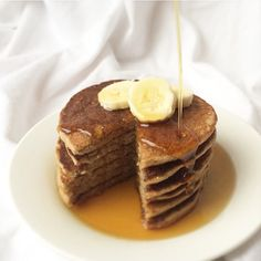 GF/V Banana Pancakes  Because we didn't make pancakes yesterday, we cranked the Jack Johnson and dished out these yummy flapjacks. Recipe in comments!  @mindfulmorsels #mindfulmorsels  #wfpb #plantbased #vegan #veganfoodshare #veganfoodlovers #vegansofig #glutenfree #glutenfreevegan #gastropost #gastropostvan #cleaneating #vegetarian #yuminthetumrepost #healthyfood #brunch #pancakes #bananapancakes #breakfast #pancakestack #veganprotein