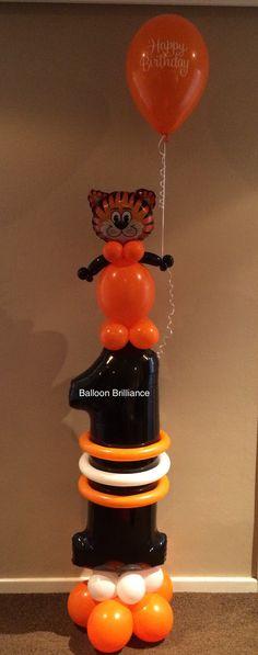 Cute tiger balloon column for a Birthday Jungle Balloons, Send Balloons, Number Balloons, Letter Balloons, Ballon Decorations, Balloon Centerpieces, Balloon Backdrop, Balloon Columns, Balloon Gift