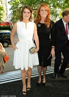 Noblesse  Royautés:  Princess Eugenie with mother Sarah, Duchess of York, attended the Art Antique Party in aid of Children in Crisis, June 10, 2014.  Sarah founded the charity in 1993 and remains its president.