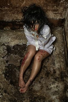 Bloody Asylum Horror Photoshoot http://geekxgirls.com/article.php?ID=1761