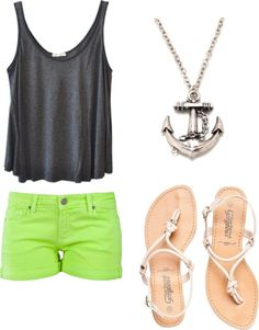 Pretty outfit for summer.