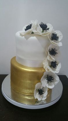 White black gold 21st birthday cake @ Two Cute Chefs