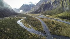 Milford Highway, Fiordland, New Zealand