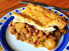 Black Eyed Pea and Potato Pie. Black eyes peas are always something I have in the cupboard and never get around to using and so I made a point of soaking some overnight and creating a recipe the next day. I wanted to make it as simple as possible, not having to go out shopping for additional ingredients and using what was in the house. The result was this absolutely amazing pie. The ingredients just work together to create flavours that are incredible and the texture of.............
