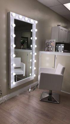 Glam Bedroom, Room Ideas Bedroom, Bedroom Decor, Light Pink Rooms, Blue Rooms, Full Length Mirror With Lights, Diy Makeup Mirror, Beauty Room Salon, Beauty Studio