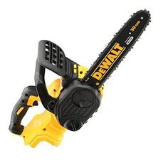 cordless XR brushless chainsaw (body only) Powered by XR li-ion battery (Not Included) for extended run time cuts x pressure treated spruce) Lightweight and compact ideal for one-handed cuts. Dewalt Power Tools, Makita Tools, Battery Powered Chainsaw, Batterie Samsung, Dewalt Tough System, Petrol Chainsaw, Cordless Chainsaw, Electric Chainsaw, Work Tools