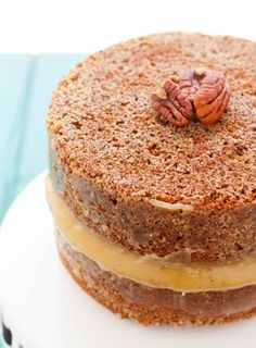 A naked cake that is truly spectacular! This pecan pie cake reminds you of pecan pie and takes little effort! Plus, who would not love a pecan pie cake?!