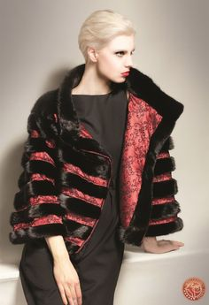 Fur Fashion, Vogue Fashion, Fashion Outfits, Womens Fashion, Winter Fashion 2015, Fur Clothing, Burberry Jacket, Traditional Fashion, Dress To Impress