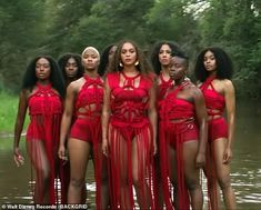 Beyonce unveils new music video for Spirit with Blue Ivy Yellow Onesie, Hot Pink Dresses, Yellow Dress, Lion King Songs, Beyonce Youtube, Beyonce Dancers, Lavender Gown, White Pantsuit