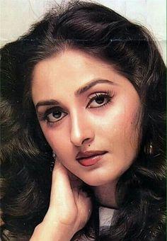 Indian Bollywood Actress, Beautiful Bollywood Actress, Most Beautiful Indian Actress, Beautiful Actresses, Indian Actresses, Bollywood Heroine, Best Bollywood Movies, Bollywood Pictures, Actress Anushka