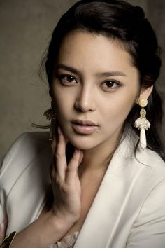Image of Park Si-yeon Image Gallery Asian Celebrities, Asian Actors, Korean Actresses, Park Si Yeon, Actor Photo, Famous Stars, Tv Actors, Korean Girl, Korean Star