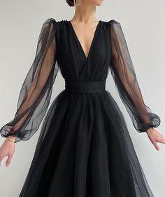 Prom Dresses Long With Sleeves, Ball Dresses, Ball Gowns, Evening Dresses, Long Sleeve Black Dress, Elegant Dresses, Pretty Dresses, Beautiful Dresses, Classy Dress