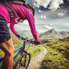 Downhill ride. Hold on! #mtb #bike #bicycle