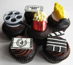 Movie themed cupcakes - great for Oscar parties!