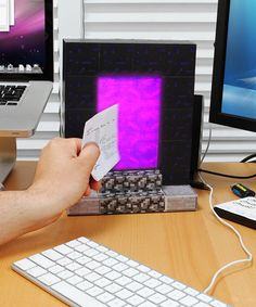 Omg I really need to have this! I want to teleport my things to the nether and see how they will survive!!!!