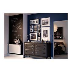 VIRSERUM Marco IKEA Si el marco se utiliza sin passepartout, sirve para láminas de tamaño DIN A4.