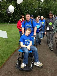Coming in the last leg of the 2013 Angelman walk. Angelman Syndrome, The Last Leg, Seattle, Things To Think About, Dads, Walking, Sports, Hs Sports, Fathers