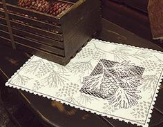 Woodland table lace..