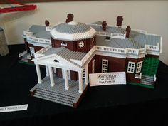 Monticello is the home and architectural masterpiece of Thomas Jefferson in Charlottesville, VA.   Jefferson favored the Palladian style, which is a very strict set of rules for designing Neoclassical structures.  This model is by Dan Parker