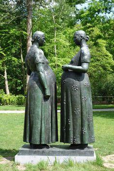 Charles Leplae - 1903-1961 -Two Pregnant Women - Middelheim Museum, Antwerpen, Belgium.